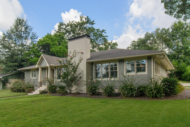 Virtual Tour of Birmingham Metro Real Estate Listing For Sale | 2124 Southwood Road, Vestavia Hills, AL 35216